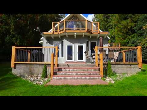 Nelson & Kootenay Real Estate - 208 Nichols Drive, Kaslo BC - www.LukeMori.com