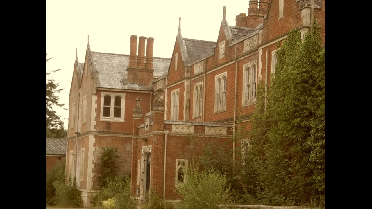 Exploring abandoned manor house in uk youtube for Homes for sale in the uk