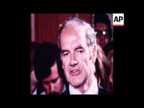 SYND 10-8-72 DEMOCRATIC NOMINEES SENATORS GEORGE MCGOVERN, SARGENT SHRIVER AND THOMAS EAGLETON