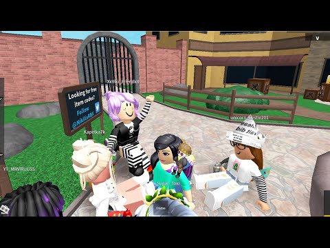 Встреча с друзьями в Мардер Мистери 2 Роблокс Murder Mystery 2 Roblox