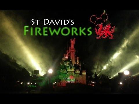 St David's Fireworks 2013 - Disneyland Paris