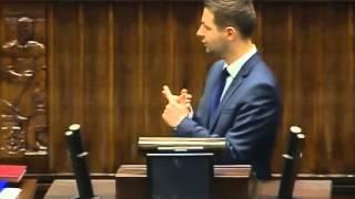 [136/182] Patryk Jaki: Panie Premierze! Wielokrotnie zobowiązywał się pan dbać o polskich int...
