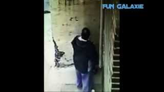 Funny Shower Revenge - Guy Installs Shower to Stop People Peeing In His Alley:)