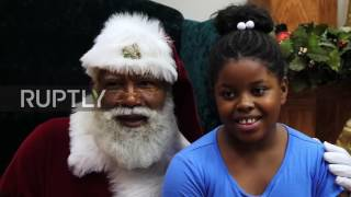USA  Mall of America welcomes its first ever black Santa in Bloomington amid racism row