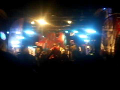 Elastinen feat. Timo pieni huijaus - Fisuu @ RMJ 2009