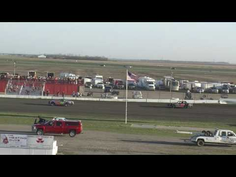 Red River Valley Speedway: Friday, May 5th 2017