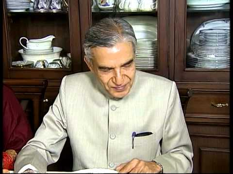 Railway  Minister Pawan Kumar Bansal  talking to DD News