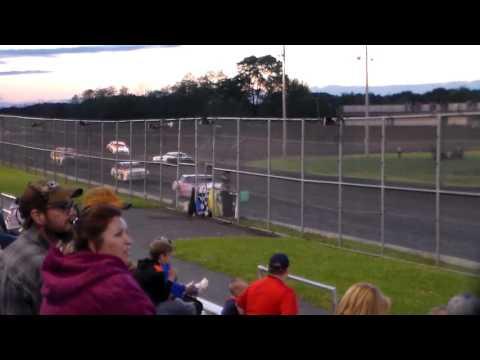 Hobby Stock Heat 2 @ Boone Speedway 05/27/17