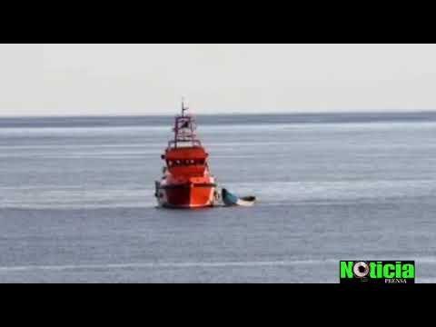 Llegada y desembarco de los 24 fallecidos en un cayuco que se dirigía a Canarias