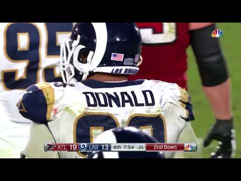Should Aaron Donald be the highest paid defensive player in the NFL ?
