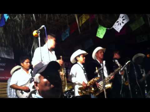 Grupo La Vibra de Potam, Rio Yaqui  en Etchojoa Sonora Mexico 1/3