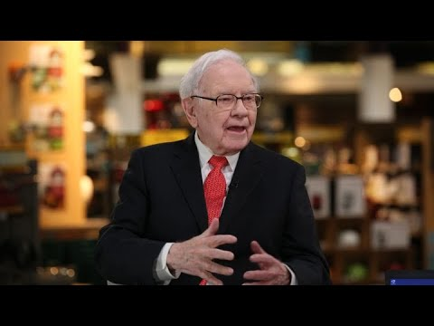 Watch Warren Buffett break down his takes on Apple, General Electric and other stocks