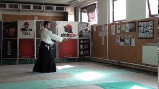 zengo no ido migi nagare kaeshi tsuki [TUTORIAL] Aikido advanced weapon technique