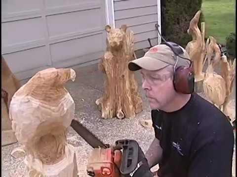 Wood cutting in chain saw