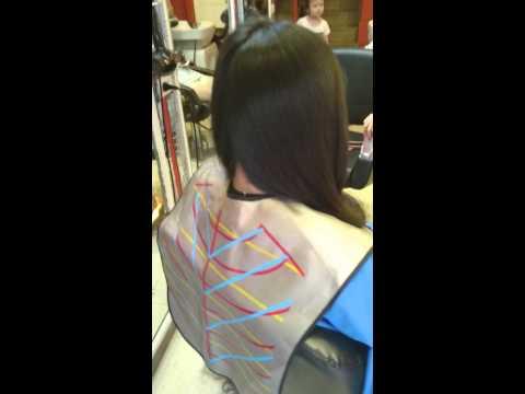 Kiểu tóc lá oval uốn cúp chữ C đẹp hiện đại
