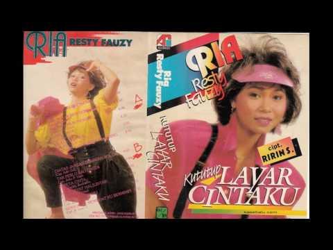 Ria Resty Fauzy - Ku Tutup Layar Cintaku