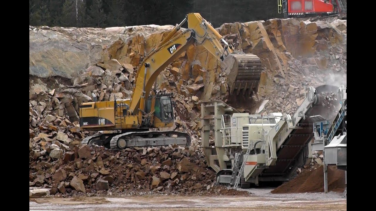 CAT 365CL Working In A Quarry by audirobban