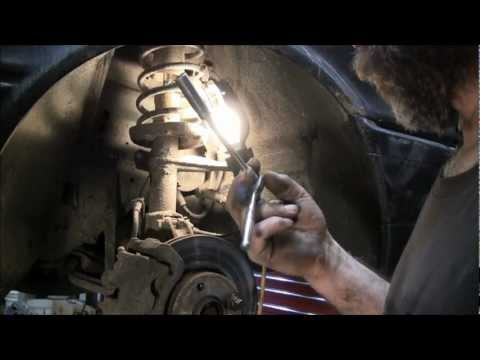 Replacing Front Shocks On A Audi 90 Quattro