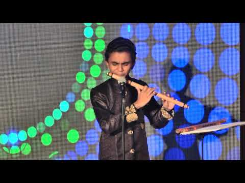 teri galiyan Flute Player master Suleiman's Amazing Performance at iit mumbai  2018
