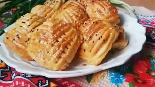 Рецепт красивых пирожков в духовке с луком и яйцом  Tasty buns