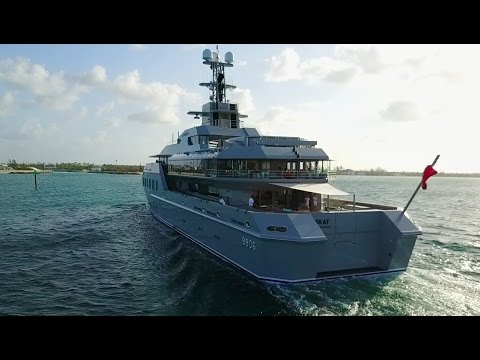 My yacht is bigger than yours! Super-Yachts in Florida: MY Skat, MY Seven Seas