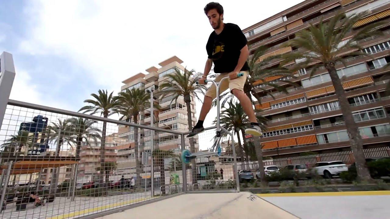 Después de la resaca por el campeonato ISA en Santa Pola, fuimos a patinar 10 minutos el skatepark de la Playa San Juan y este fue el resultado. Pol Roman, R...