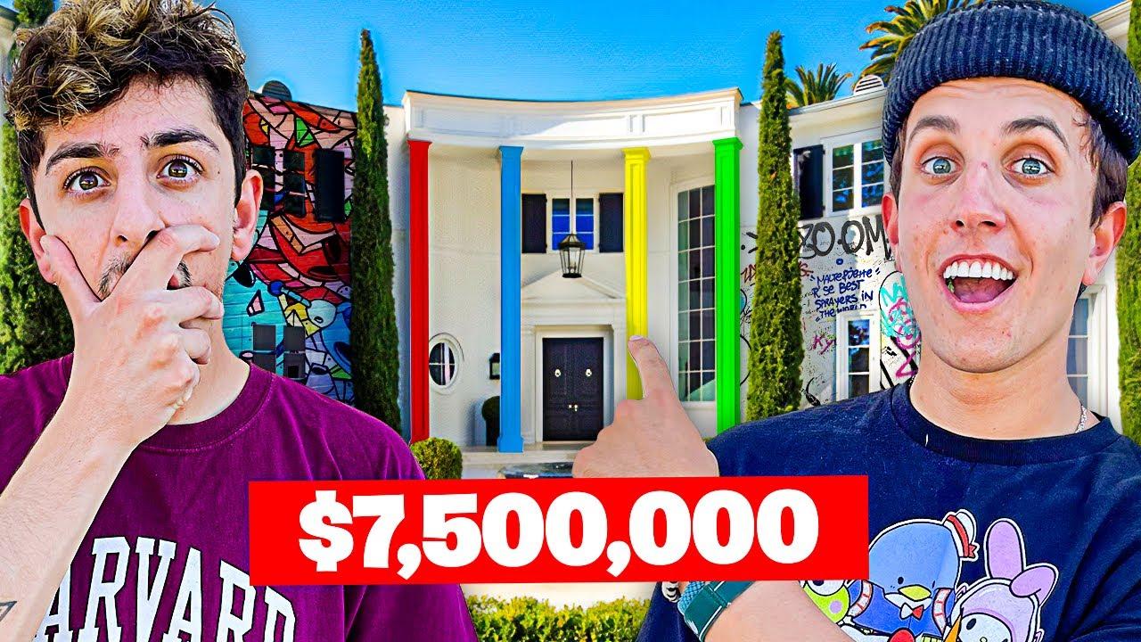 Download Visiting YouTuber Houses! **insane secret room**