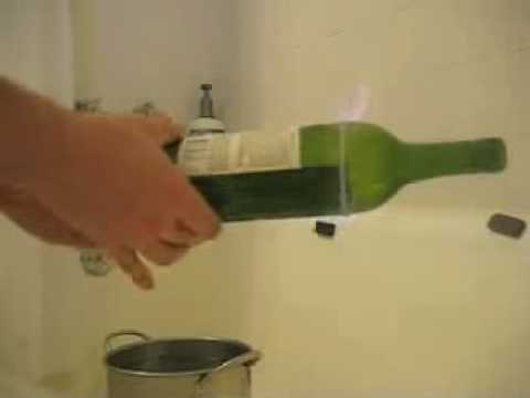Wine bottle cutting with string youtube for Cutting glass bottles with string