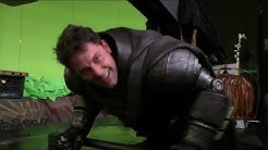 Ben Affleck Doing Push-Ups On Set Of 'Batman V Superman'