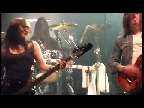 AQME - Pornographie Live Toulouse, Bikini 09-12-2010