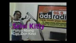 Selvi Kitty Punya Abang Karaoke Lyrics