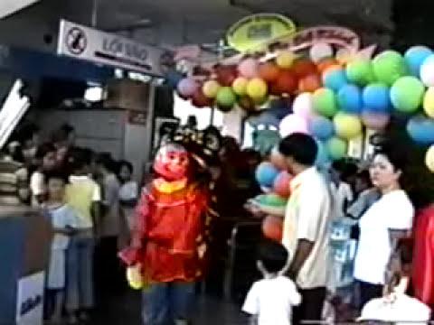 Đoàn Lân Phù Đổng Q.6 múa lân khai trương Siêu thị Cống Quỳnh và Phú Lâm.mpg