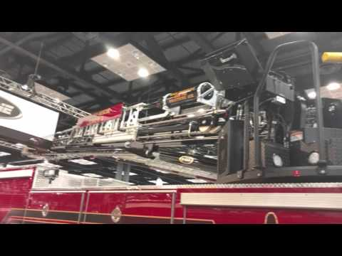 E-One HPS100 Steel Platform Walk- Around