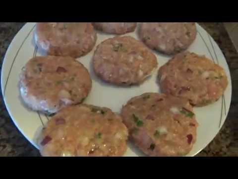 Pljeskavice od Mljevenog Pilećeg mesa.  Chicken - Cheesy Hamburger 2019.
