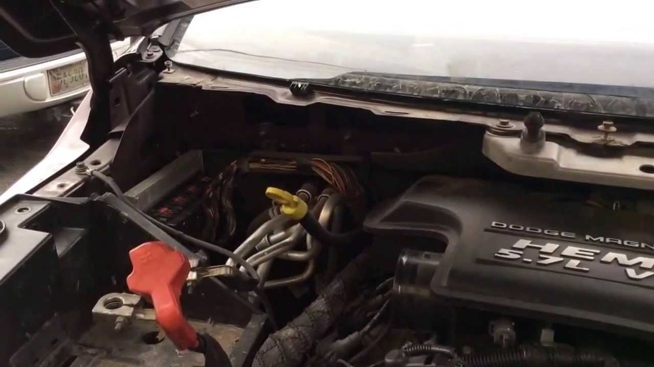 2004 Dodge Durango 5.7 Hemi engine removal part 4 - YouTube