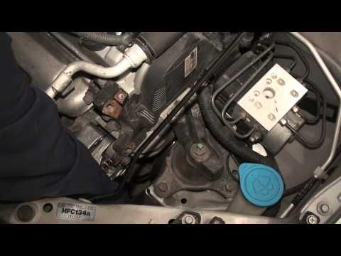 DIY 7th Generation (2001-2005) Honda Civic Alternator Replacement