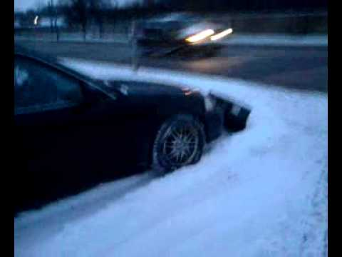 Honda civic plowing snow youtube for Honda fit in snow