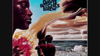 Miles Davis - Bitches Brew (2/3)