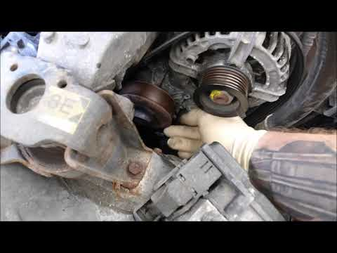 Toyota Avensis 1.8i 2004 Coolant/Water Pump Replacement