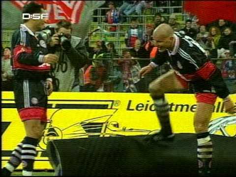 Carsten Jancker Fussball-Gott & Giovane Elber Torjubel Bayern Muenchen: Bayer Leverkusen 1998/1999