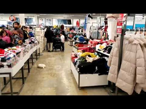 Boxing Day Canada. Walmart. Old Navy. Canadian Tire. Clearance. تخفيضات أشهر المحلات في كندا
