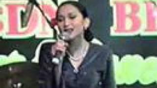 Amy Mastura -Medley Kasih-Jawapan Kasih-Meniti Hari ( LIVE )