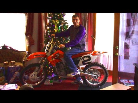 DIRT BIKE FOR CHRISTMAS!