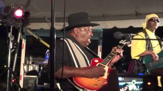 15 - End of Cold Women with Warm Hearts - Magic Slim and the Teardrops w/ Lil Slim
