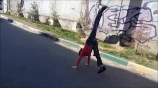 Урок 2 от Нади. Гимнастика в общественном месте