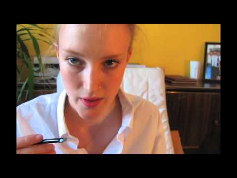 9c3e2523fdf MAKEUP TUTORIAL - Delicate Cat Eye Flick - YouTube
