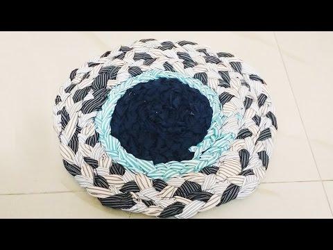 how to make a home made pompom mat