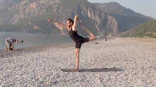 Хатха Йога. Средний Уровень Практики. 6-й день.(В этом видео представлена последовательность асан из серии