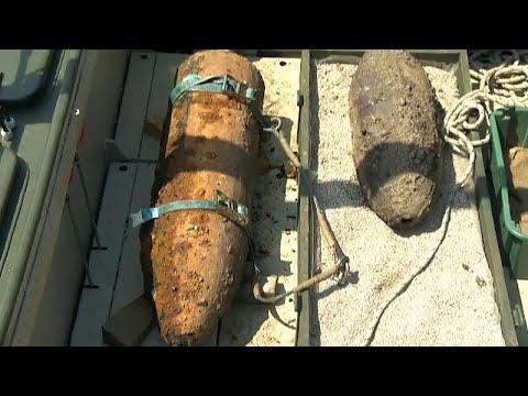 شاهد: سلطات المجر تعثر في مجرى الدانوب على قنبلة سوفياتية ضخمة …  - نشر قبل 60 دقيقة