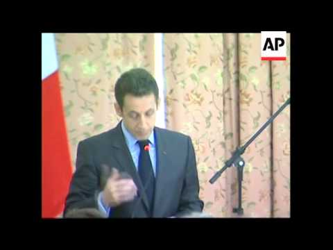 Sarkozy and Lula sign deal to help Brazil build first nuclear sub